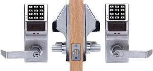 DL5375 US26D Trilogy Keypad Regal Lever Schlage C Keyway Weatherproof Satin Chrome. Software Sold Se